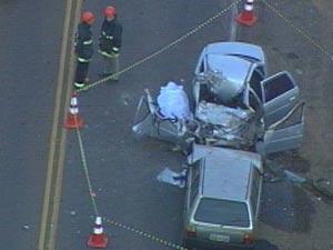 Acidente entre dois carros matou uma pessoa em Montenegro (Foto: Reprodução/RBS TV)