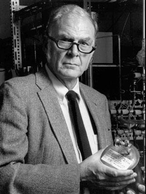 Frank Sherwood Rowland, em foto de 1989 (Foto: AP Photo/University of California Irvine, Arquivo)