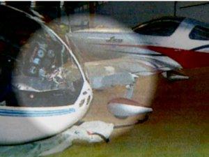 Avião, que caiu em Nova Odessa e resultou na morte de duas pessoas (Foto: Reprodução EPTV)