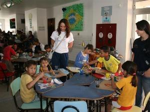São 10.500 docentes da rede municipal de ensino e 105 mil alunos (Foto: Divulgação/ Prefeitura de Curitiba)