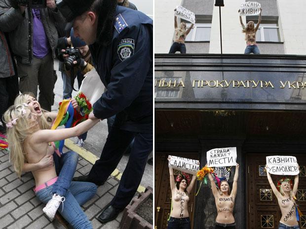 A polícia deteve as mulheres para por fim ao protesto (Foto: Anatolii Stepanov/Reuters)