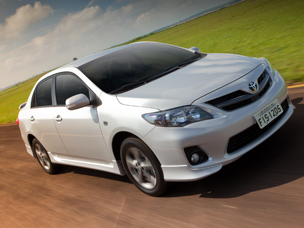 Toyota Corolla XRS 2013 (Foto: Divulgação)