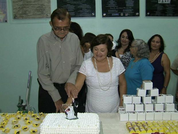 Noivo de 78 anos está internado no Hospital do Coração de Messejana. (Foto: TV Verdes Mares/Reprodução)