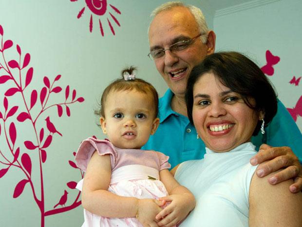 Gabriela, hoje com um ano e três meses, nasceu após quase sete anos de tentativas dos pais. (Foto: Flavio Moraes / G1)