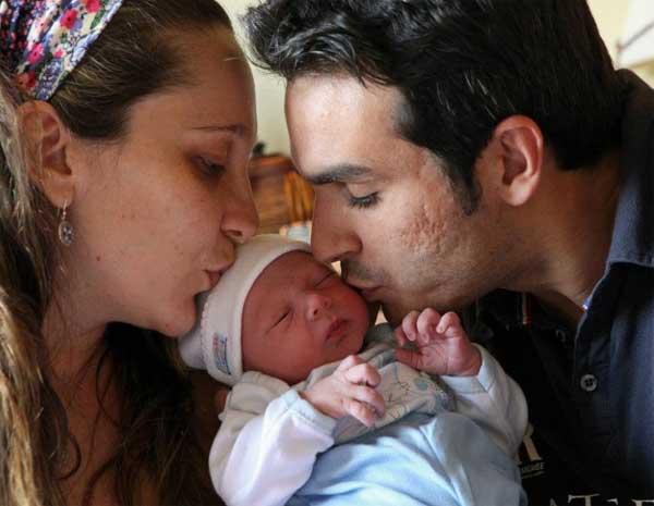 Vídeo de parto domiciliar em Campinas tem mais de 1,8 milhões de acessos (Foto: Arquivo Pessoal / Vivian Scaggiante)