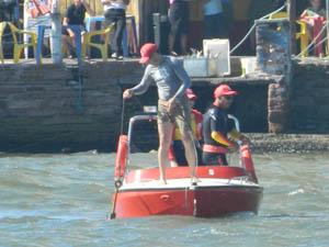 Equipe de resgate segue procurando vítimas do acidente em Tramandaí (Foto: Divulgação/Bombeiros)