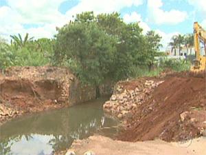 Córrego Aleixo passará por obra antienchente em Barretos, SP (Foto: Reprodução/EPTV)