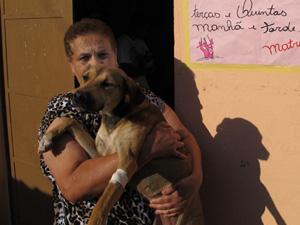 Roseli teme pela saúde de seus animais (Foto: Fabiano Correia/G1)
