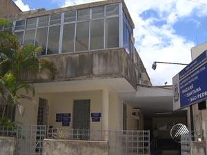 Cartório foi arrombado na madrugada de segunda-feira. (Foto: Imagem/TV Bahia)