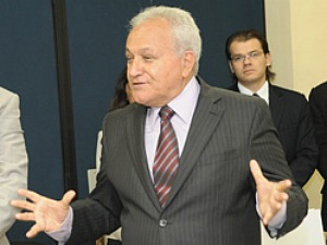 No seu primeiro compromisso institucional após ser eleito presidente, o deputado estadual visitou o Tribunal de Justiça do Espírito Santo. (Foto: Divulgação/TJ-ES)