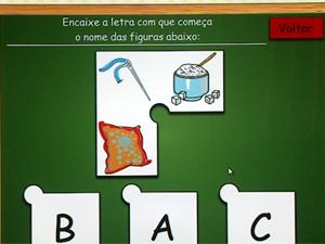 A ferramenta Ludo Primeiros Passos ensina português a crianças (Foto: Reprodução/EPTV)