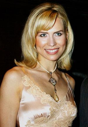 A modelo Anna Malova, que foi coroada Miss Rússia em 1998, em foto de arquivo (Foto: AP)