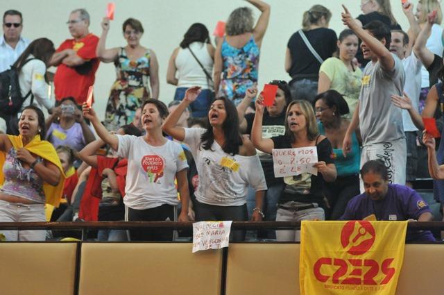 Sindicatos dos professores RS (Foto: Marcos Eifler/Agência ALRS)