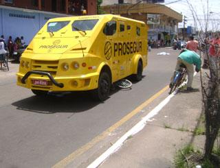 carro-forte (Foto: Ailton Leite/A Gazeta)