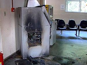 Caixa eletrônico do fórum de Ilhéus (Foto: Imagem/TV Santa Cruz)