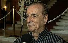 O ator Orlando Drummond fala sobre Chico Anysio no velório do humorista (Foto: Reprodução/TV Globo)
