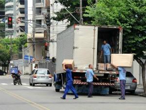 Viana oferece vagas para ajudante de carga e descarga. (Foto: Romero Mendonça/Divulgação Secom-ES)