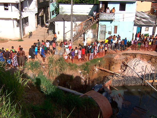 Perseguição termina em acidente e seis mortes em Salvador, diz polícia (Foto: Imagem/TV Bahia)