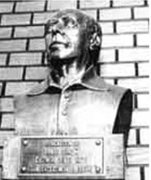 Busto fica em São Paulo (Foto: Reprodução)