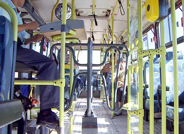 Interior de ônibus da Viação Boa Vista (Foto: Reprodução EPTV)
