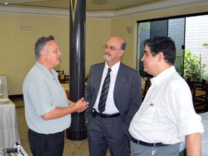 Presidente da Sindvel se reuniu com representantes da Fiemg (Foto: Tiago Campos/G1)