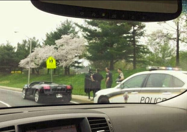 Motorista fantasiado de Batman foi parado pela polícia em Washington. (Foto: Divulgação/Montgomery County Police)