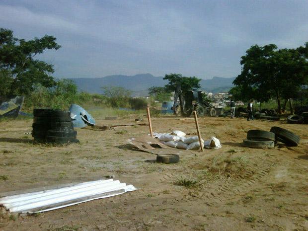 Bope desmonta campo de paintball irregular no Morro do Adeus  (Foto: Divulgação/Bope)