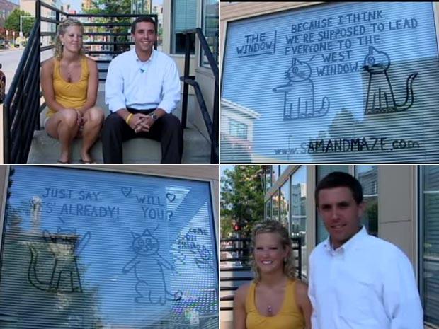 Em 2010, o americano Joe Broussard achou uma maneira curiosa de pedir sua namorada em casamento. Ele fez uma história em quadrinhos nas vitrines da rua principal da cidade de Lafayette, no estado do Colorado (EUA). Batizada de 'The Window' (a janela, em português), a história traz dois gatos apelidados de Sam e Maze. A cada semana, eles divertem os pedestres com piadas e curiosidades. (Foto: Reprodução)