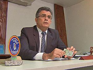 Jandir Carneiro Leão, do IITB, diz que falsificação ficará mais difícil. (Foto: Reprodução/TV Globo)