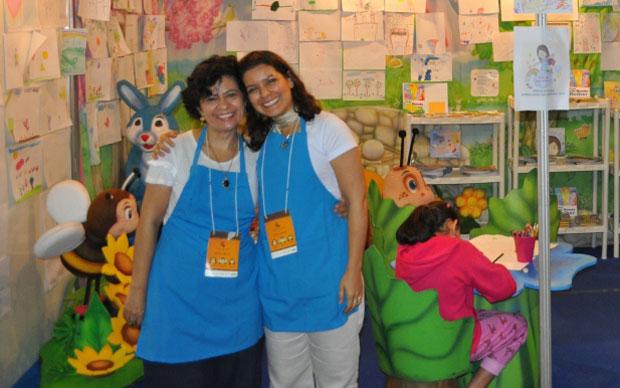 As escritoras de livros infantis Roberta Ribeiro e Ruth Souza (Foto: Divulgação)