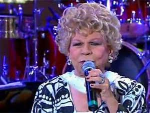 Ademilde Fonseca, a 'Rainha do Chorinho', durante apresentação no 'Programa do Jô', em junho de 2011. (Foto: Reprodução / TV Globo)