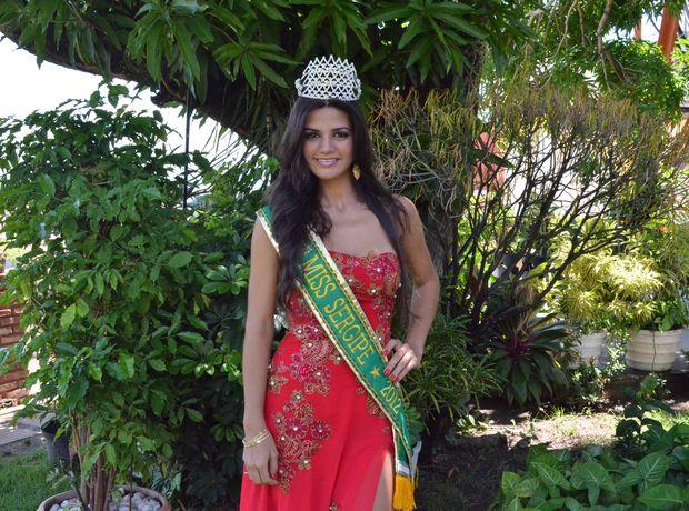 'Vencer foi uma prova de superação', diz Evlen Yasmin a Miss Sergipe 2012 (Foto: Denise Gomes/G1 SE)
