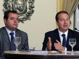 Governador de Pernambuco, Eduardo Campos, e secretário das Cidades, Danilo Cabral (Foto: Katherine Coutinho / G1)