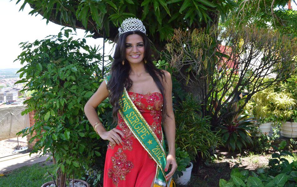 'Meu maior sonho é vencer o Miss Brasil 2012 e presentear Sergipe pela 1ª vez com o título'