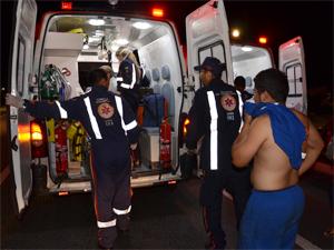 Mulheres foram encaminhadas para o Hospital de Trauma (Foto: Walter Paparazzo/G1)