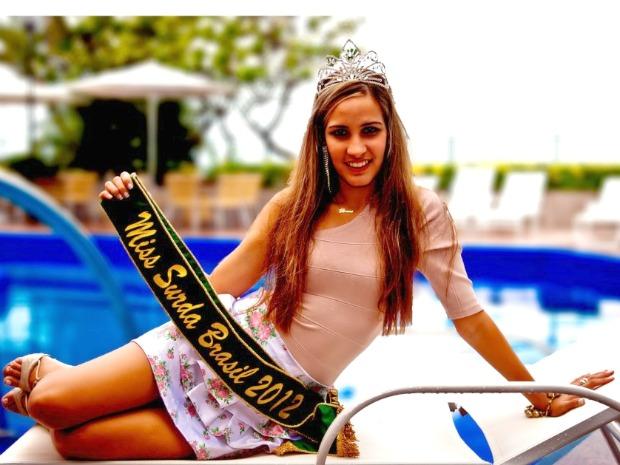 "Aos 25 anos, a cearense Bruna Cardoso realizou o sonho de virar Miss com o título de ""Miss Surda Brasi"" (Foto: Julio Caesar/ Miss Surda Brasil)"