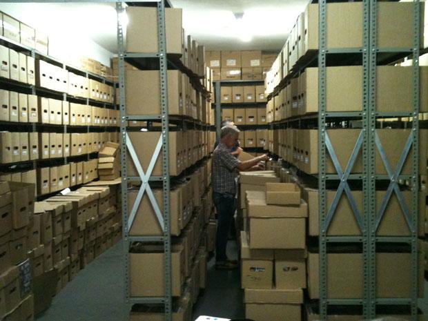 Lote de 250 mil gibis vendidos pela editora Devir, em São Paulo (Foto: Daniel Buarque/G1)