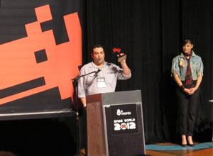André Ruas, representante da Activision, agradeceu os prêmios de 'Call of Duty' (Foto: Gustavo Petró/G1)