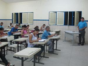 Uma das salas de aulas do Moreira e Silva, no Cepa (Foto: Vanessa Fajardo/ G1)