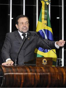 O líder do PT no Senado, Walter Pinheiro (BA) (Foto: Waldemir Barreto/Agência Senado)