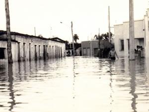 enchente em Cuiabá (Foto: Arquivo TVCA)