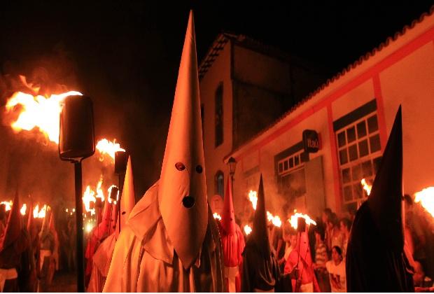 Fogaréu Goiás (Foto: Ricardo Rafael/ O Popular)