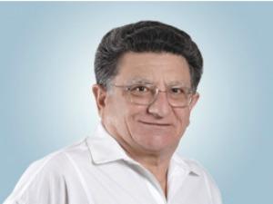 Professor de língua portuguesa morreu aos 66 anos de ataque cardíaco (Foto: Divulgação)