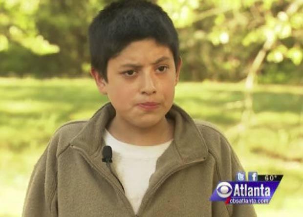 Funcionário não acreditou que Jose Sanders tem 22 anos. (Foto: Reprodução)
