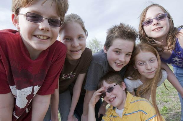 Sêxtuplos comemoram aniversário de dez anos nos EUA (Foto: AP)