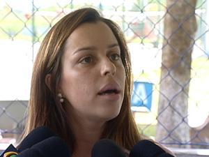 Talya Picoli Schuwambach, esposa de náufrago (Foto: Reprodução/TV Gazeta)