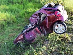 Motorista de Corsa morreu após bater em poste (Foto: Carlos Eduardo Matos/G1 AM)