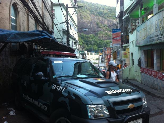 Presença da polícia na Rocinha (Foto: Marcelo Ahmed/G1)