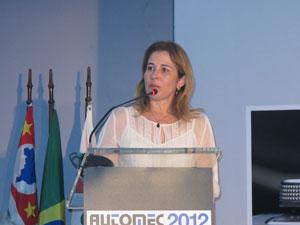 A secretária do MDIC, Heloisa Menezes, em evento em SP nesta terça-feira (Foto: Gabriela Gasparin/G1)