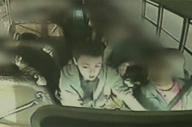 Jeremy Wuitschick assumiu controle de ônibus desgovernado. (Foto: BBC)